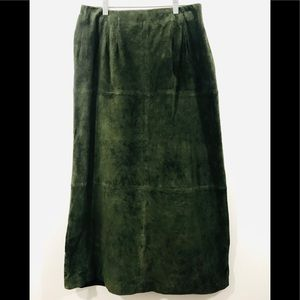 Terry Lewis Green Suede 100% Leather Skirt